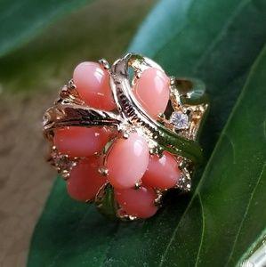 Vintage coral cluster ring 18kge size 8.25